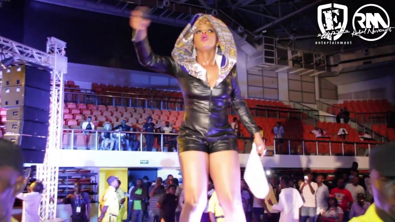 Download Yemi Alade   - Performs Live in Cameroon (2016)