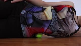 Utiliser une balle de tennis pour apaiser les douleurs musculaires