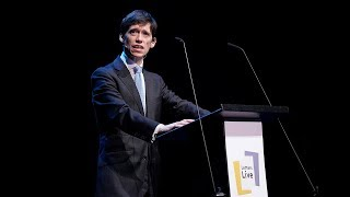 Rory Stewart resigns from the Conservatives before reading a letter on Boris' 'cavalier attitude'