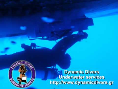 Hull cleaning services by DynamicDivers.gr
