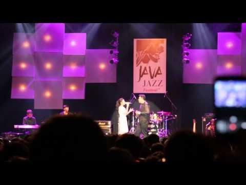 TULUS feat. Raisa - All Of Me (Cover) Java Jazz Festival 2014