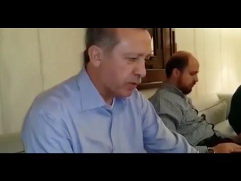 Recep Tayyip Erdogan Kuran Okuyor