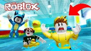 Care!! THE MOST DANGEROUS POOL IN THE WORLD!! ESCAPE OBBY ROBLOX 💙💚💛 BE BE MILO VITA AND ADRI 😍
