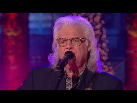 Ricky Skaggs Performs Heartbroke  Huckabee