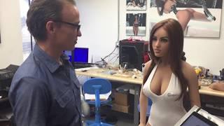 Nelle fabbrica delle sex dolls