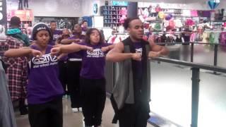 Flash Mob - Hip Hop Dance Ensemble at Old Navy