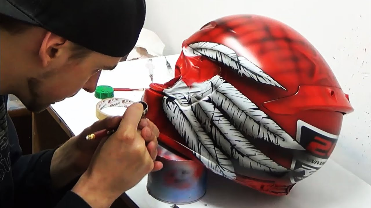 Download 20th Anniversary CBR-RR, wings and feathers painted on Shoei helmet - aerograf airbrush
