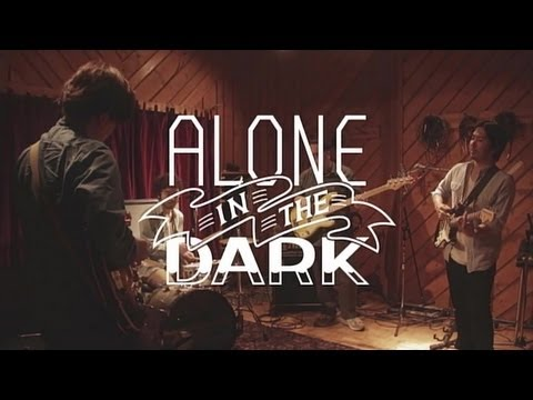 COMEBACK MY DAUGHTERS / Alone in the dark