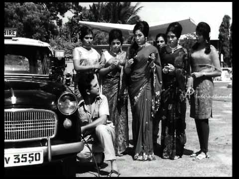 Annaiyum Pidhavum - Vanishree Teases AVM Rajan