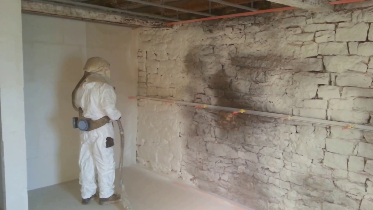 isolation des mur par mousse polyur thane projet e partie 1 isoprom youtube