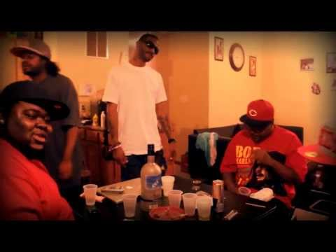 """""""LAUGHING AT YA"""" INSANITY(KYS) & BOOYOW OFFICIAL"""