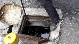 20110218 083157 m2ts清潔隊來九和二街 新生路清水溝