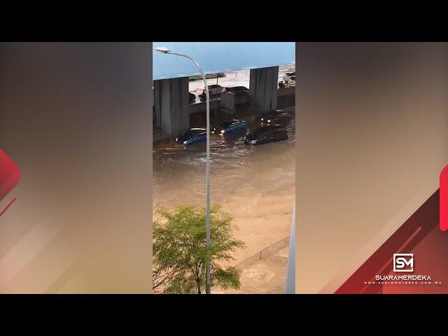 Lelaki terperangkap dalam banjir kilat di Cheras