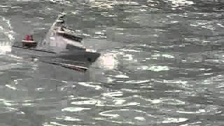 RC custom patrol boat.avi