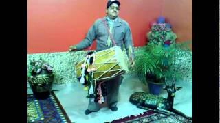 Dholi-Dhol Master-Teacher-Player- Krishan-Dhol Punjabi Boliyan-Bhangra-Gidda-jaggo.flv
