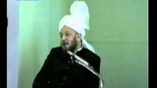 In which 2 persons, Prophecy of Promised Messiah, Fulfilled? کلب یمت علی کلب