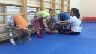Растяжка. Акробатика. ОФП для детей