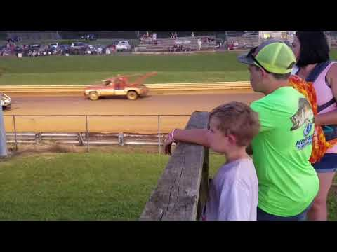 Sportsman race at natural bridge speedway 7-13-19