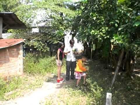 2 Ve que an tet o Cu Chi ngay 1/1/2012