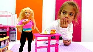 Видео для девочек - Барби набрала лишний вес