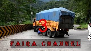 7 Truck yang hampir Laka di Sitinjau Lauik tHun  2017
