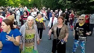 Танцы На Приморском Бульваре - Севастополь - 20.05.18 - Певец Сергей Соков - 2