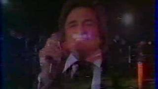 Johnny Cash live In Paris 1981 - Part.5..AVI