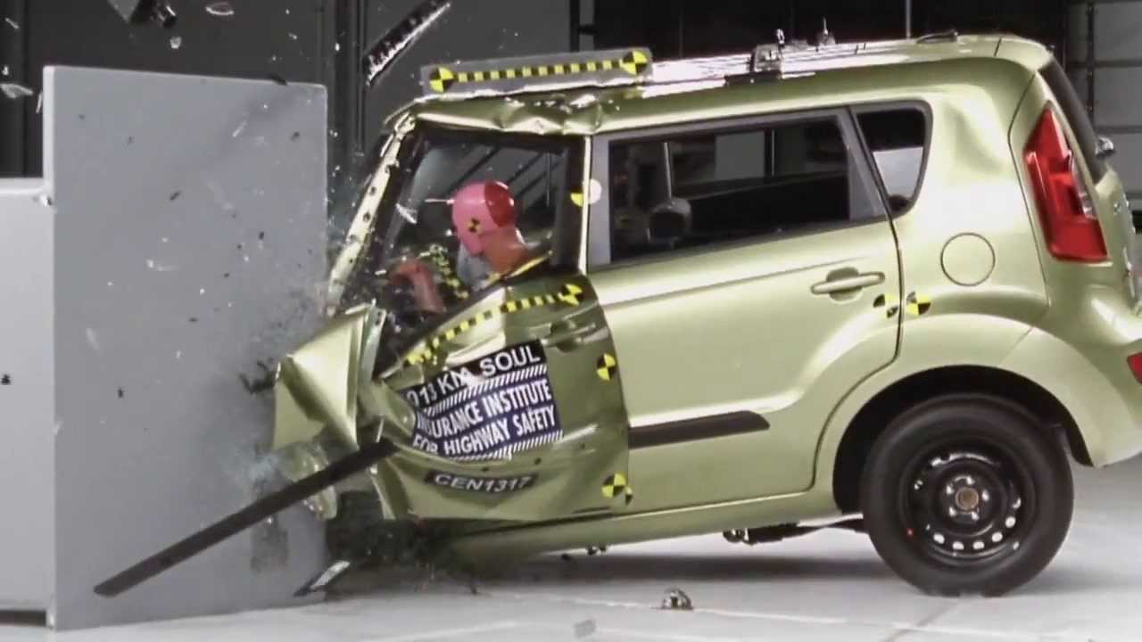 Amazing 2013 Kia Soul CRASH TEST IIHS   Small Overlap Test   YouTube
