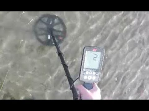 Minelab Equinox 800 – Depth and Gold Chain Buried