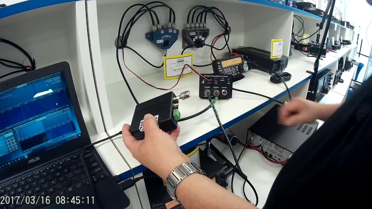 TS 590SG Panadapter with the SDRplay RSP (AN005) - YouTube