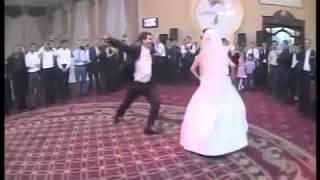 Кавказский свадебный танец жениха и невесты