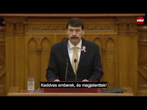 Áder János beszéde A víz világnapján Schmitt Pál felirataival | Dumaszínház
