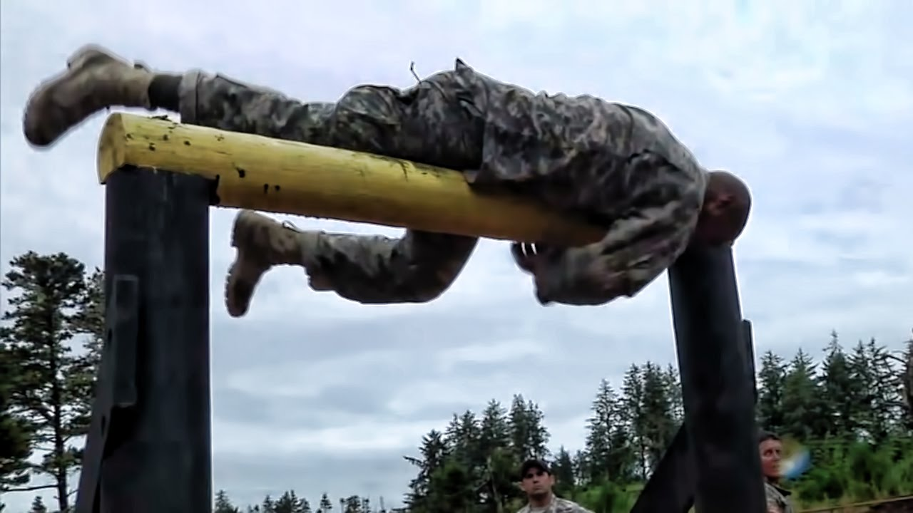 Air Assault School Zero Day Obstacle Course Youtube
