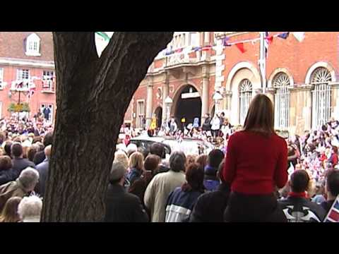 The Queen's visit to Aylesbury on Friday 10th May 2002 1080p HD