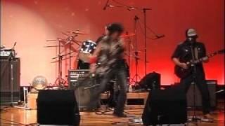 第19回佐用軽音楽サークル定期コンサート(2010年 6月20日 於 南光文化センター)での ミストラルのステージです。 オリジナルのMidnight party 他、あんたのバラード/ ...