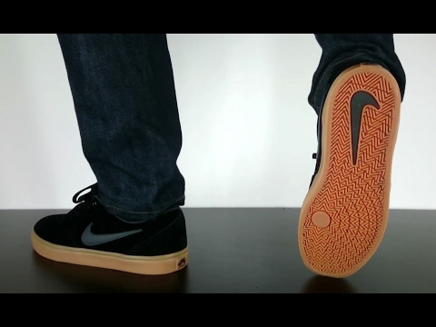 99943f480f96 NIKE SB CHECK SOLARSOFT black anthracite gum dark brown - YouTube
