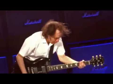 AC/DC with Axl Rose: 2016-05-22 Prague  - Touch Too Much (MultiCam)