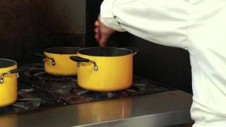 How To Boil Water, Add Salt & Olive Oil To Cook Fettuccine : Spaghetti & Pasta Tips