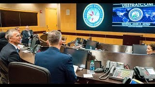 NATO - News: NATO Secretary General visits US STRATCOM in