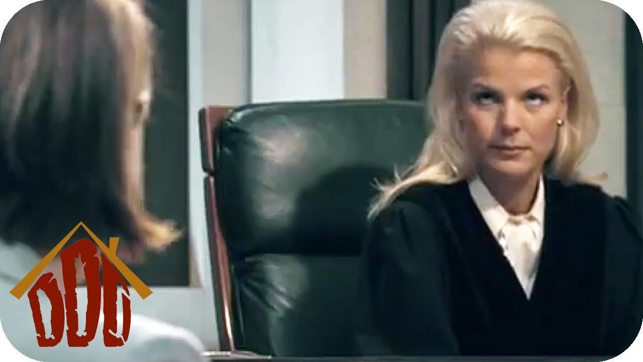 Modesünde? - Das PERFEKTE KLEID | Richterin Britta Wenzel | DIE DREISTEN DREI - DIE COMEDY WG