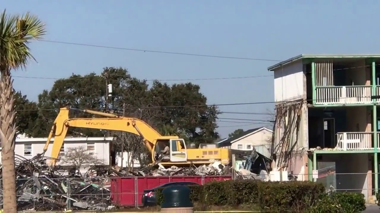 Old Rainbow Court Motel Myrtle Beach Being Torn Down