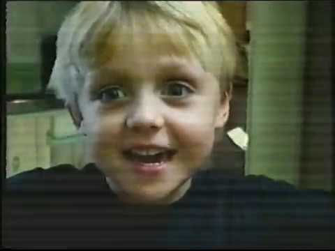 australian-tv-commercials-50-(hsv-7,-april-3/4,-2006)