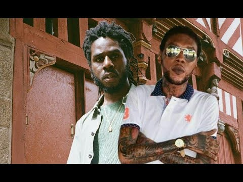 Chronixx Performing Vybz Kartel Song On Stage As A Remix
