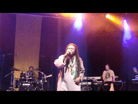 Luciano - Never Give Up My Pride - Reggaeville 2011