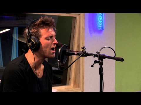 Paolo Nutini – 'Iron Sky' Live at Radio New Zealand