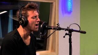 Paolo Nutini – 'Iron Sky' Live at Radio New Zealand