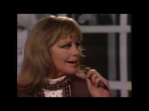 Hildegard Knef - Medley: Für mich soll's rote Rosen regnen (Ich brauch' Tapetenwechsel, 28.10.1971)