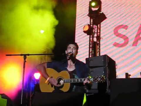 "Pete Murray ""Better Days"" Live @ Sandance Nasimi Beach Atlantis Dubai 18/11/11"