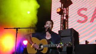 "Pete Murray ""Better Days"" Live @ Sandance Nasimi Beach Atlantis Dubai 18/11/11"