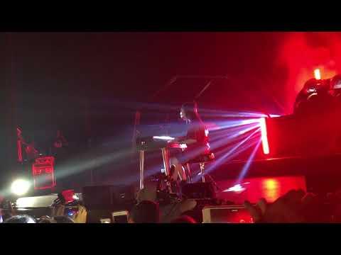 Billie Eilish Unreleased Song - More// fox theatre Oakland